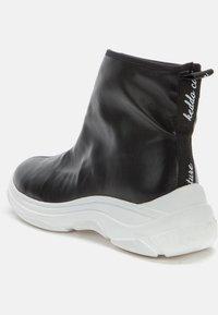 Keddo - Ankle boots - black/white - 3