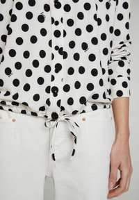 Oui - Button-down blouse - offwhite black - 3