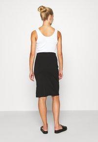 Even&Odd - BASIC - Midi skirt with slit - Pencil skirt - black - 2