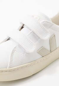 Veja - SMALL ESPLAR - Baskets basses - white/natural