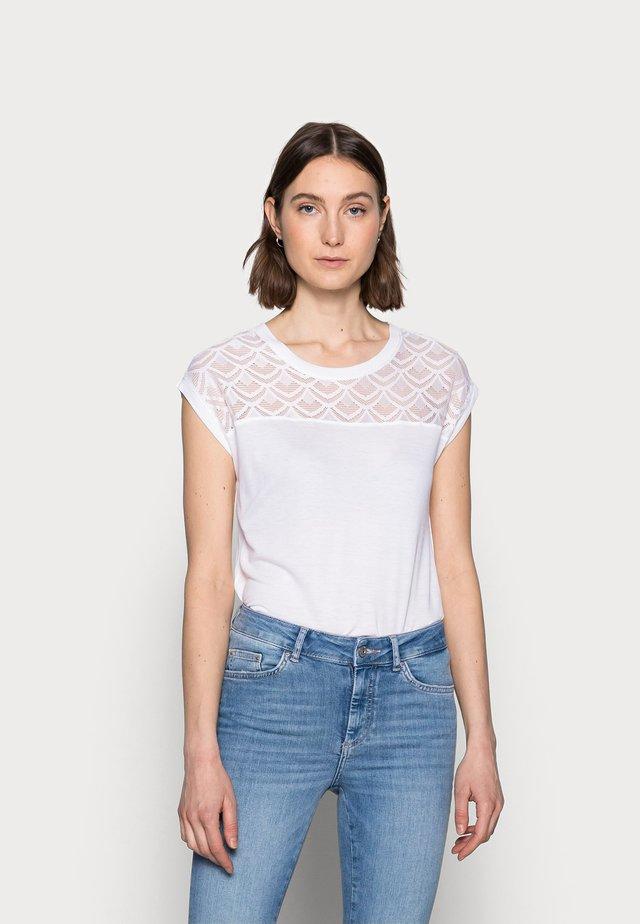 ONLNICOLE MIX - T-shirt basique - cloud dancer