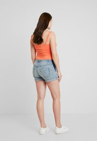 Forever Fit - SIDE ELASTIC - Shorts di jeans - denim - 2