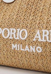Emporio Armani - BAG SET - Handbag - natural/bianco - 7