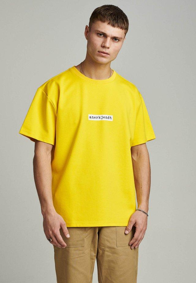 T-shirts print - golden palm