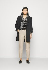 Marks & Spencer London - SMART - Chinosy - brown - 1