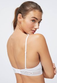 OYSHO - Triangle bra - white - 5