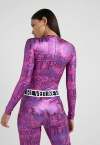 Versace Jeans Couture - Long sleeved top - fuchsia - 2