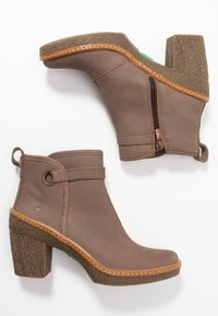 El Naturalista - HAYA - High heeled ankle boots - pleasant plume - 3