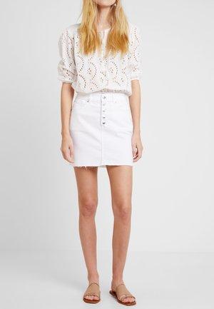 KURZ - Denim skirt - white