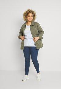Levi's® Plus - 720 PL HIRISE SUPER SKNY - Jeans Skinny Fit - echo stonewash plus - 1