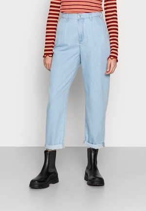 DORA - Spodnie materiałowe - bleach summer denim