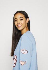 NEW girl ORDER - HELLO HEART - Sweatshirt - blue - 4