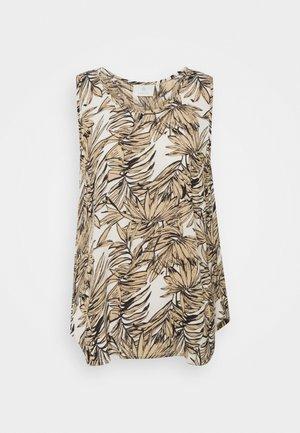 LIFA AMBER - Print T-shirt - classic sand