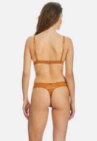 Sapph - TOULOUSE - String - brown - 2