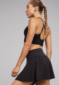 OYSHO - Sportovní sukně - black - 3