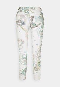 Desigual - PANT CANTON - Skinny džíny - white - 1