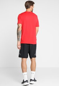 Under Armour - BOXED STYLE - Print T-shirt - red/steel - 2