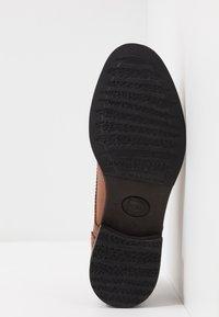 Base London - PORTER - Eleganckie buty - burnished tan - 4