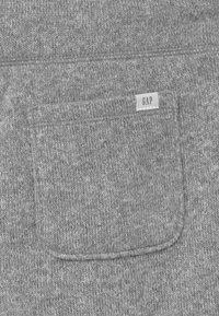 GAP - BOY  - Tracksuit bottoms - light heather grey - 2