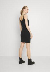 Alpha Industries - BASIC DRESS SMALL LOGO - Jersey dress - black - 2
