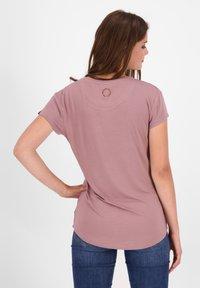 alife & kickin - Basic T-shirt - plum - 2