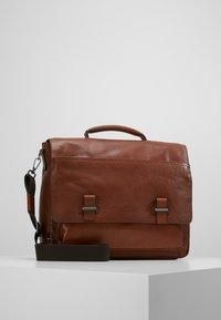 Strellson - SUTTON BRIEFBAG - Laptop bag - cognac - 0