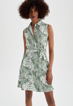 TROPICAL PRINTED - Shirt dress - turquoise