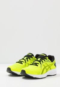 ASICS - JOLT 2 - Zapatillas de running neutras - safety yellow/black - 3