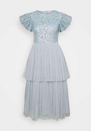 DELICATE SEQUIN TIERED DRESS - Juhlamekko - glacier blue