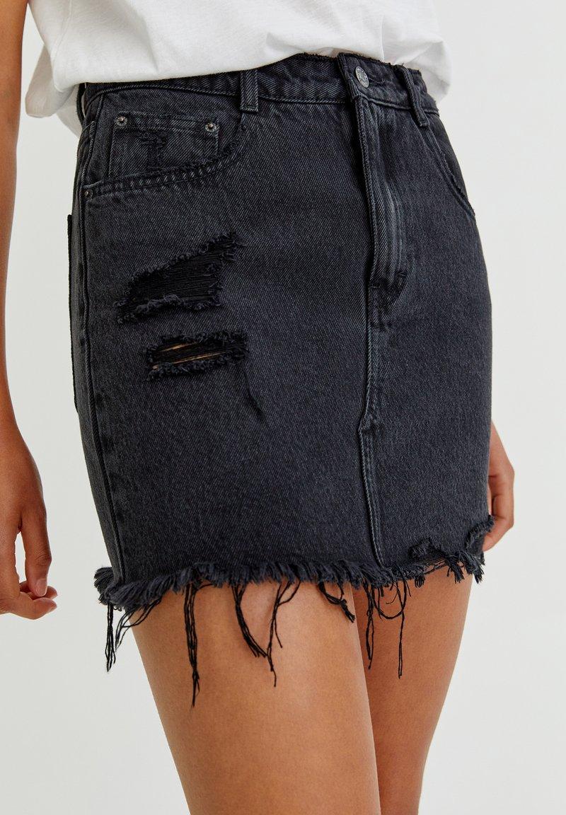 PULL&BEAR - Áčková sukně - black