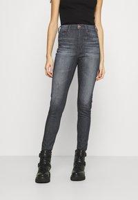 Tommy Jeans - SYLVIA - Jeans Skinny Fit - grey - 0