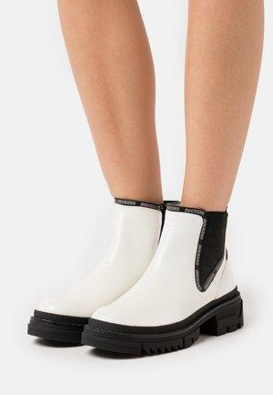 Ankle boots - weiß/schwarz