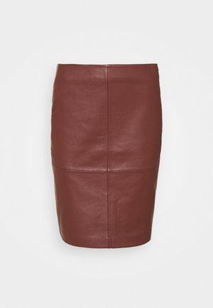 2ND CECILIA - Falda de cuero - hot chocolate