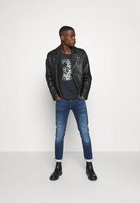 Jack & Jones - JJIGLENN JJORIGINAL - Jeans slim fit - blue denim - 1