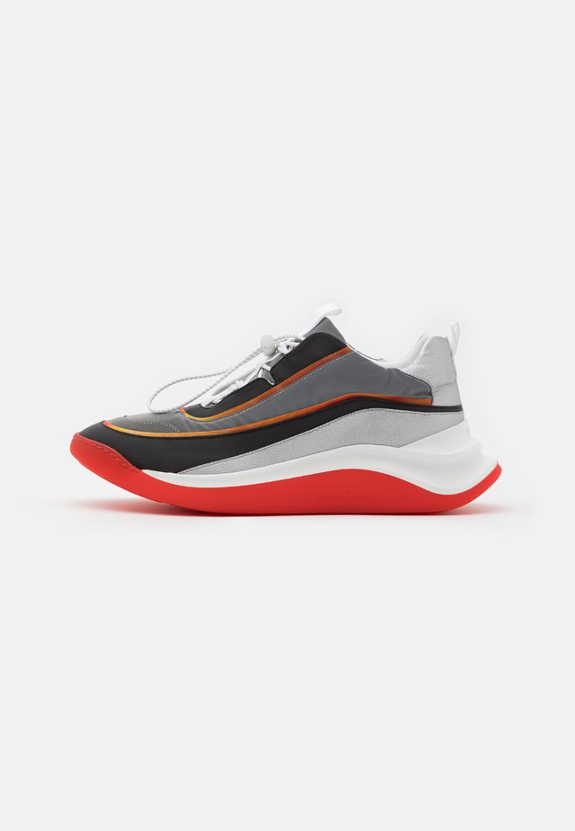 FLIPPER - Trainers - arancio