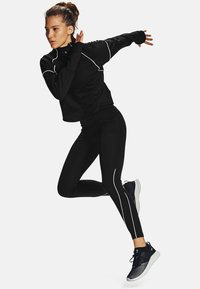 Under Armour - RUSH - Sports shirt - black - 1