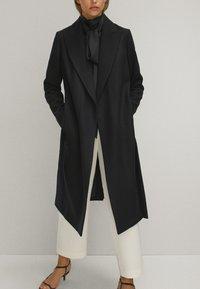 Massimo Dutti - Płaszcz wełniany /Płaszcz klasyczny - black - 1