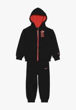 KYRIE PANT SET - Zip-up hoodie - black