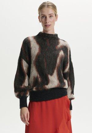 SLJACKLYN  - Stickad tröja - dark tricolore print