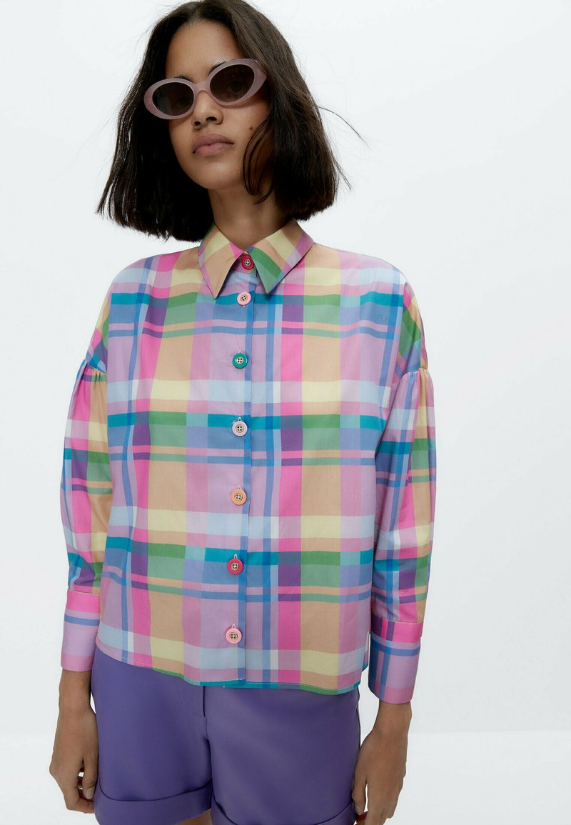 Uterqüe - Button-down blouse - pink