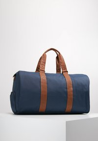 Herschel - NOVEL - Reiseveske - navy - 2