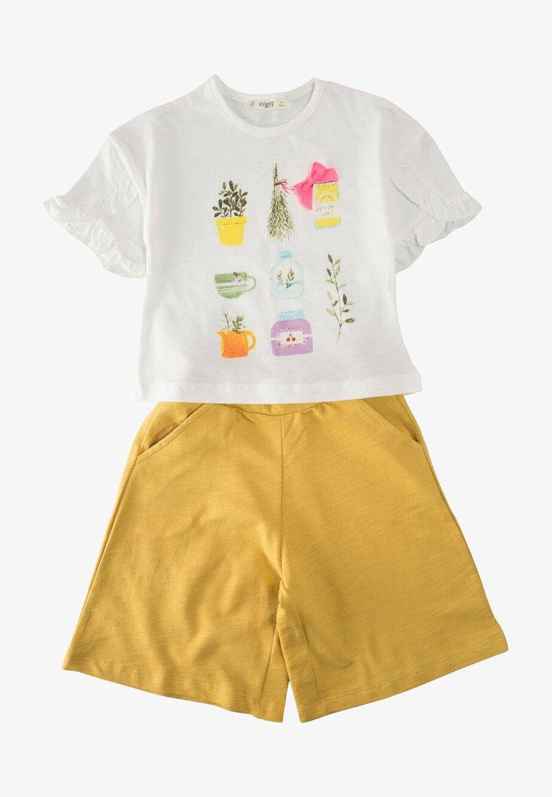 Cigit - SET - Shorts - mustard yellow