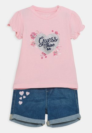 SET - Print T-shirt - alabaster pink