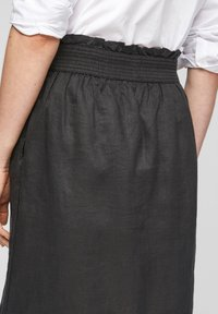 s.Oliver - A-line skirt - black melange - 5
