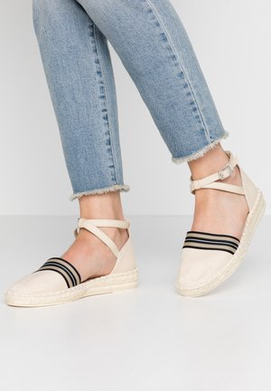 INES TAPE SAND - Loafers - cream beige
