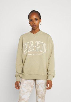 PRINTED V NECK SWEATER - Sweatshirt - light green