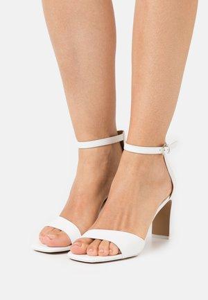 OLLILLE - Sandals - white