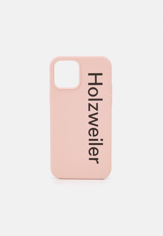 COVER IPHONE 12 - Obal na telefon - pink