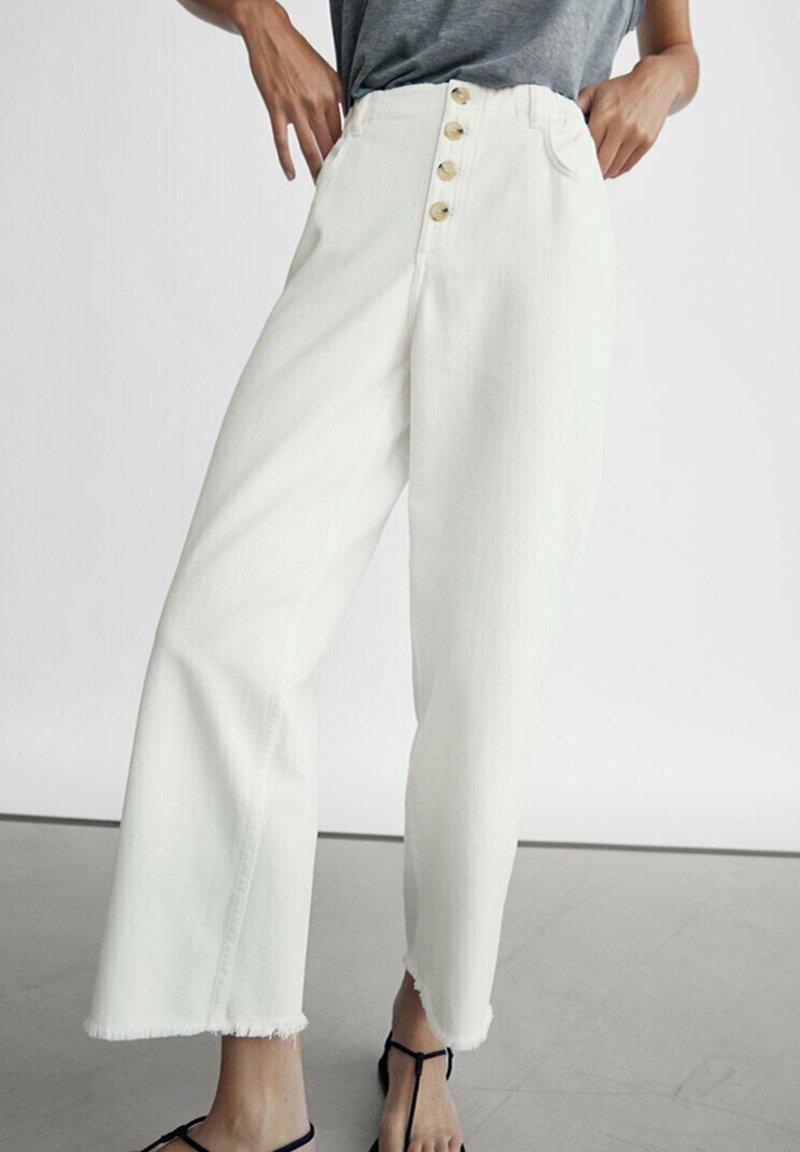 Massimo Dutti - Jeans Straight Leg - white