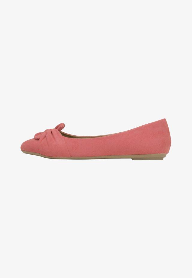 MAIKE - Ballet pumps - coral